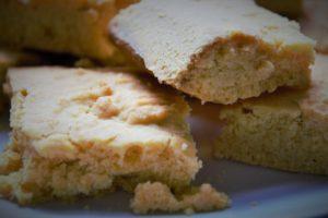 prăjitură cu mălai